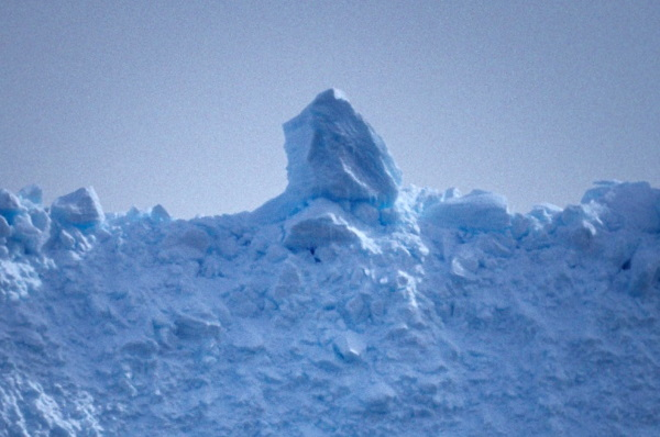 Ice Can See You: 7 Amazing Cold & Creepy Iceberg Faces