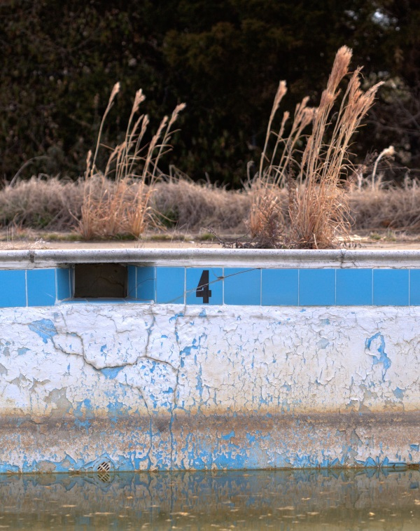 abandoned swimming pool 8