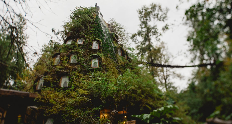dream destinations magic mountain lodge 2
